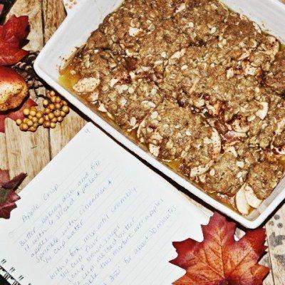 Easy Apple Crisp (My Grandmother's Recipe)