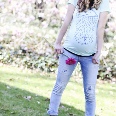 The CUTEST Maternity Graphic Tee  (and the birds and the bees)