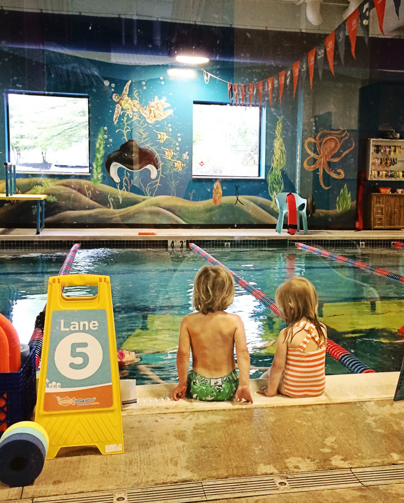 water safety tips: goldfish swim school
