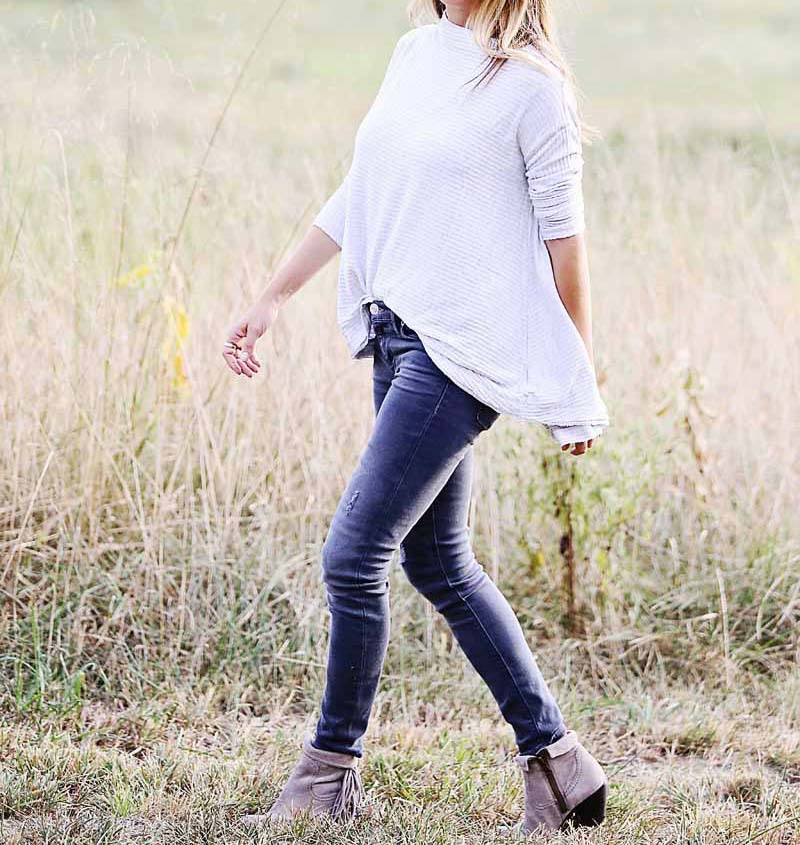 easy fall outfit, free people top, gray jeans