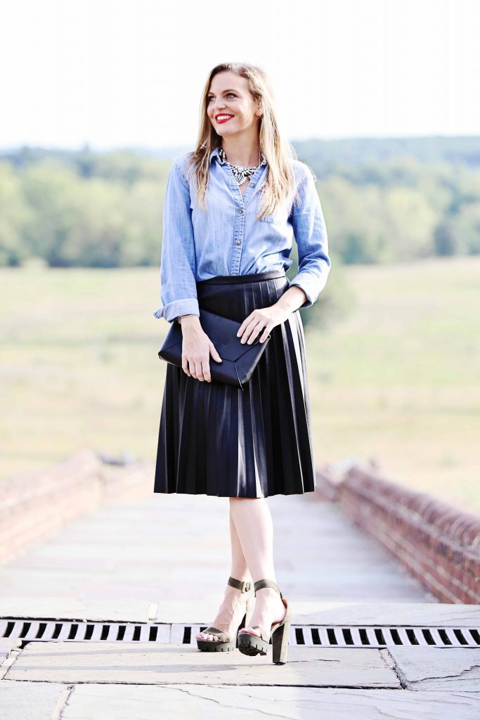holiday outfit idea, pleated leather skirt