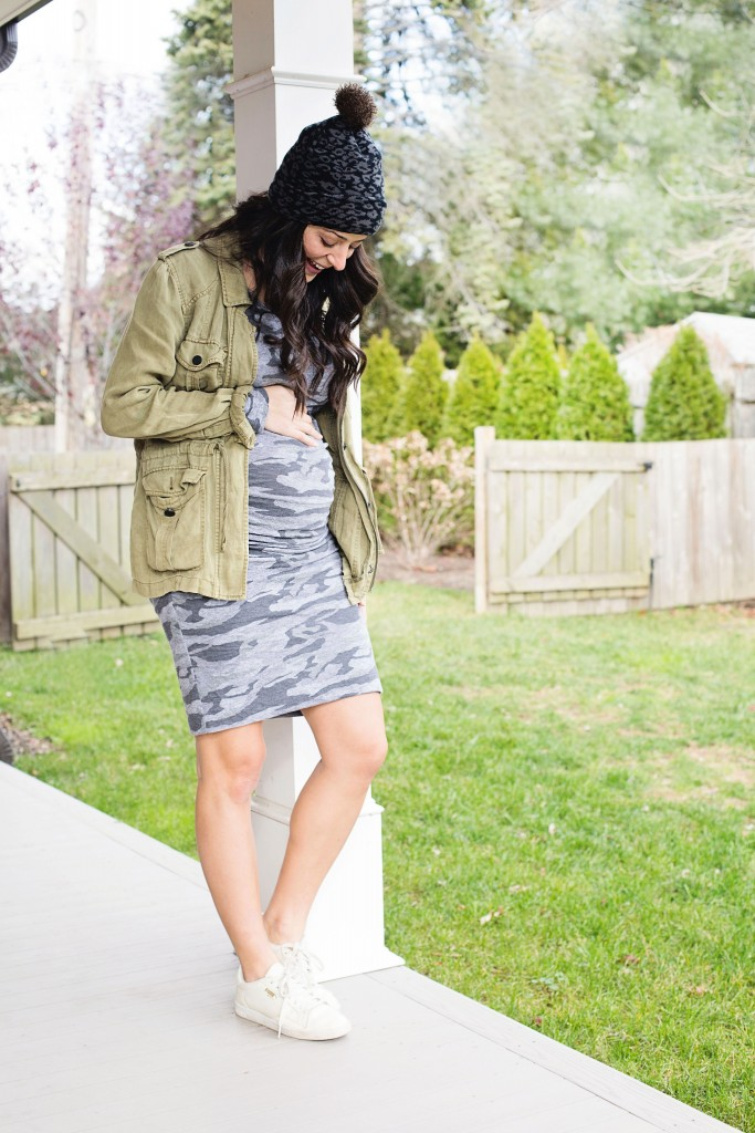 the motherchic wearing monrow camo dress