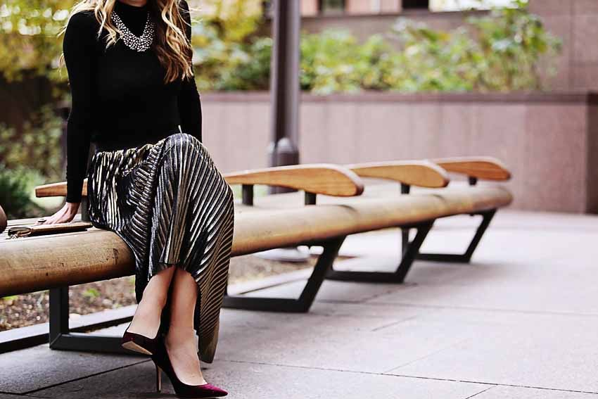 the motherchic wearing nordstrom pleated midi