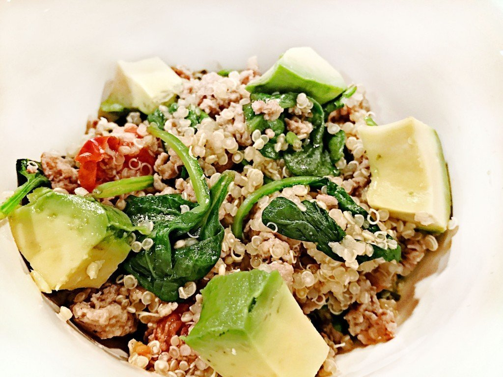 turkey quinoa bowls with spinach and avocado