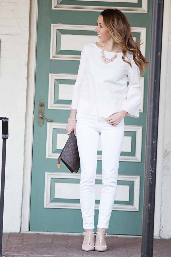the motherchic wearing madewell bell sleeve top