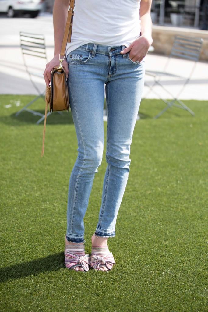 the motherchic wearing sam edelman statement sandals