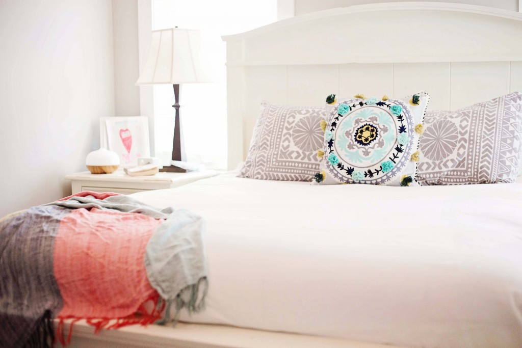 urban outfitters bedding with anthropologie throw and throw pillow
