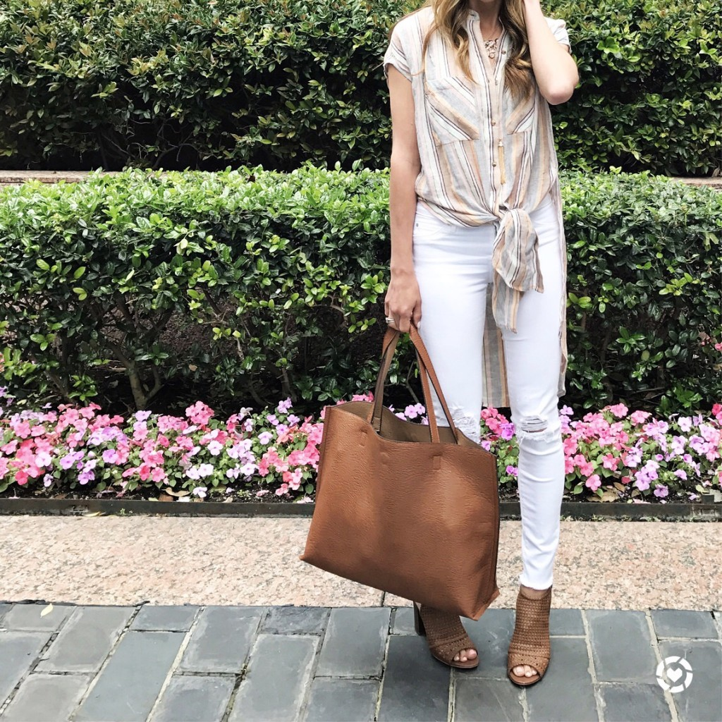 anthropologie striped tunic and distressed white jeans