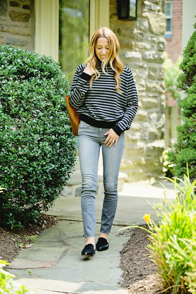 the motherchic wearing vince sweater from the nordstrom anniversary sale