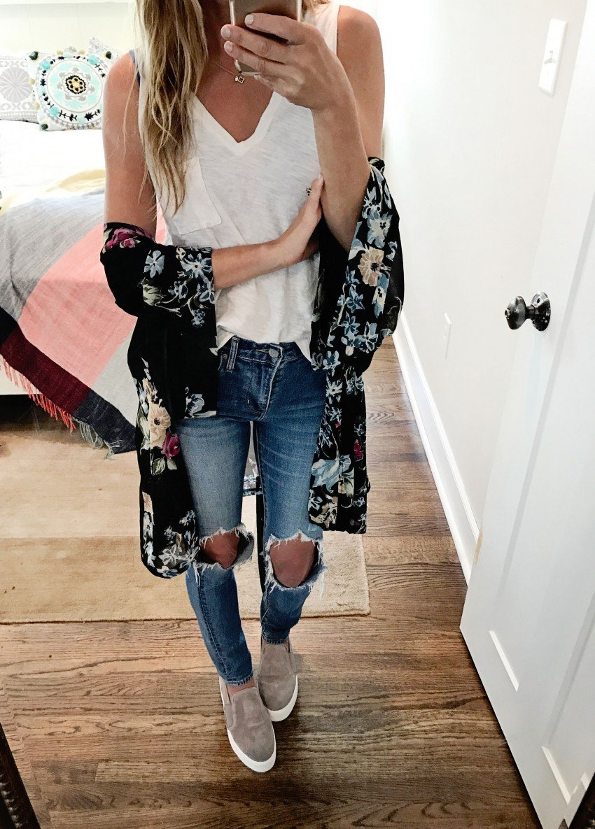 the motherchic wearing ripped jeans and kimono