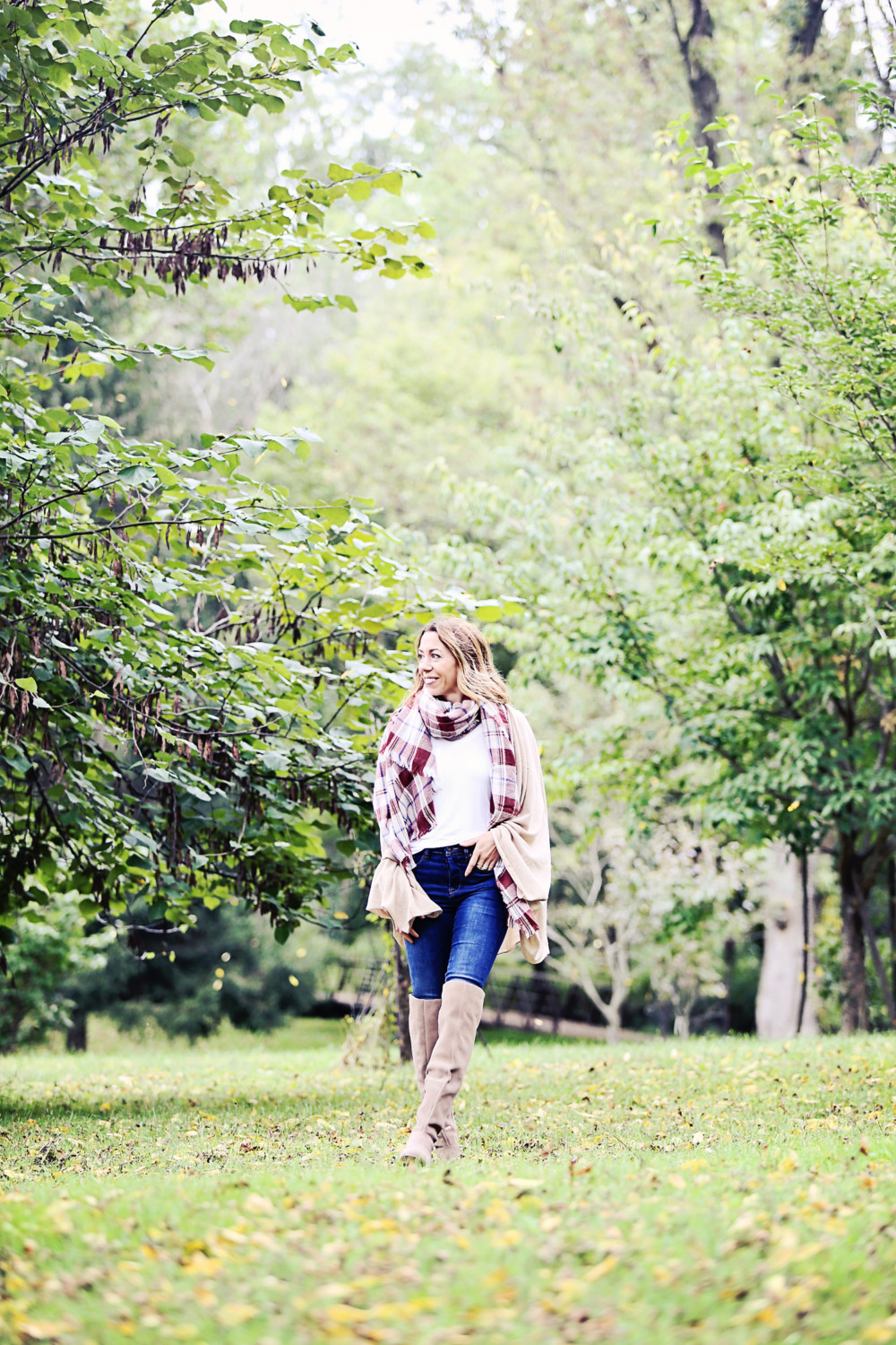 The motherchic wearing kinney suede OTK boot - easy fall 30 second outfit