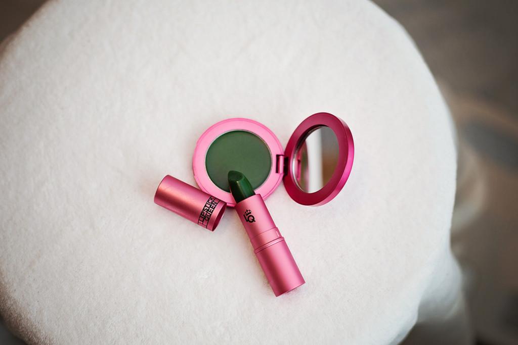frog and prince lipstick