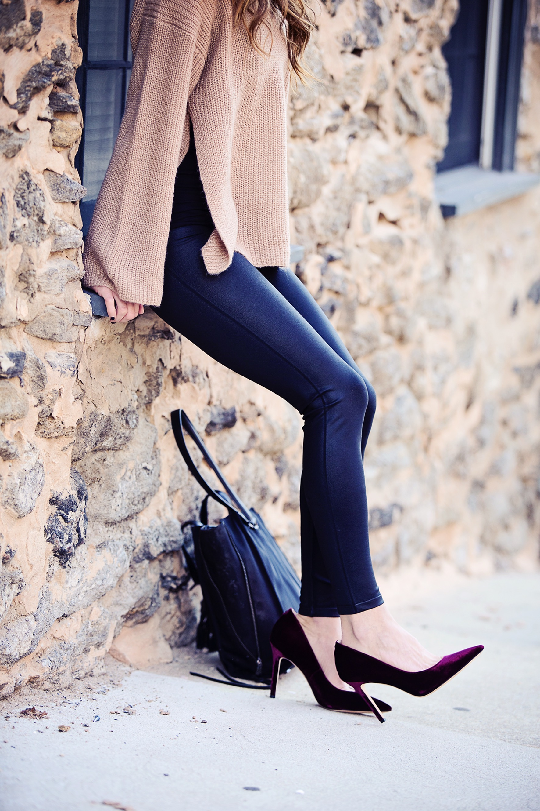 c2179a3a790 How to Wear Faux Leather Leggings - The Motherchic