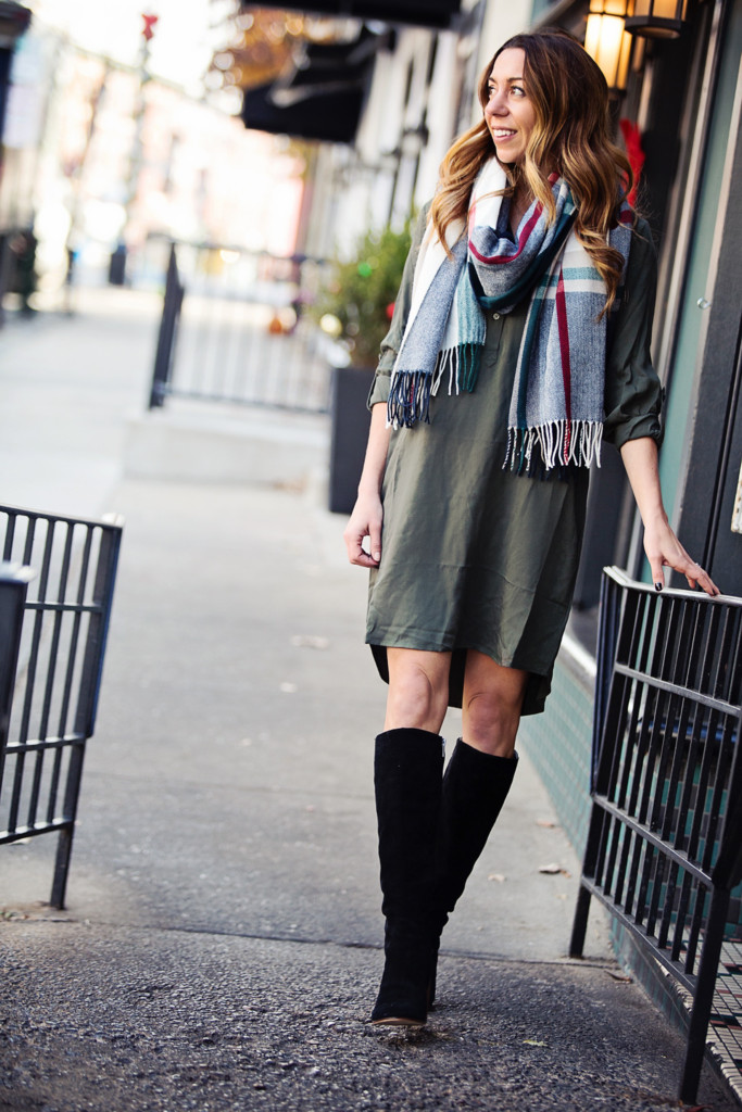 The Motherchic wearing old navy shirtdress and scarf
