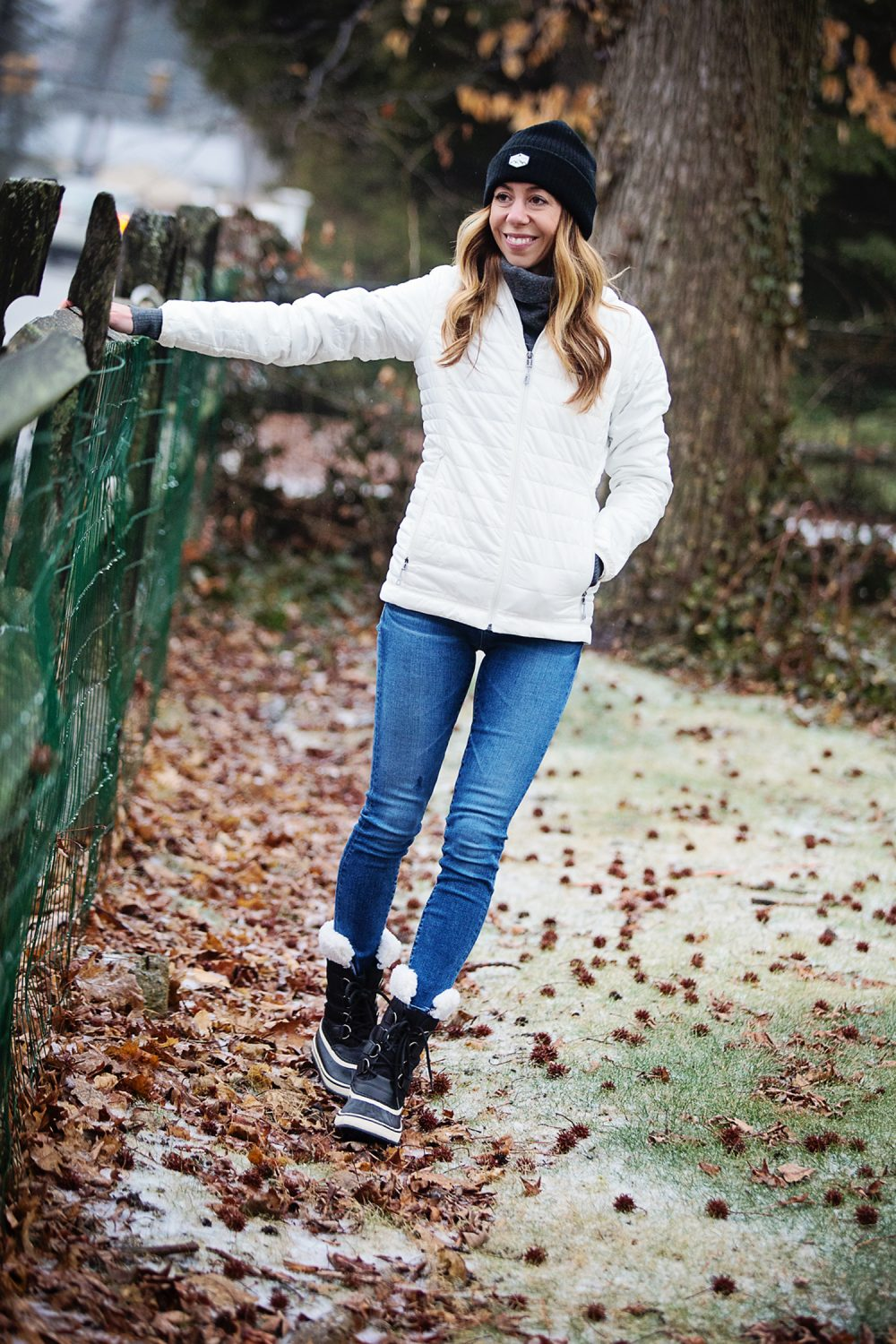 The Motherchic wearing patagonia jacket and sorel boots
