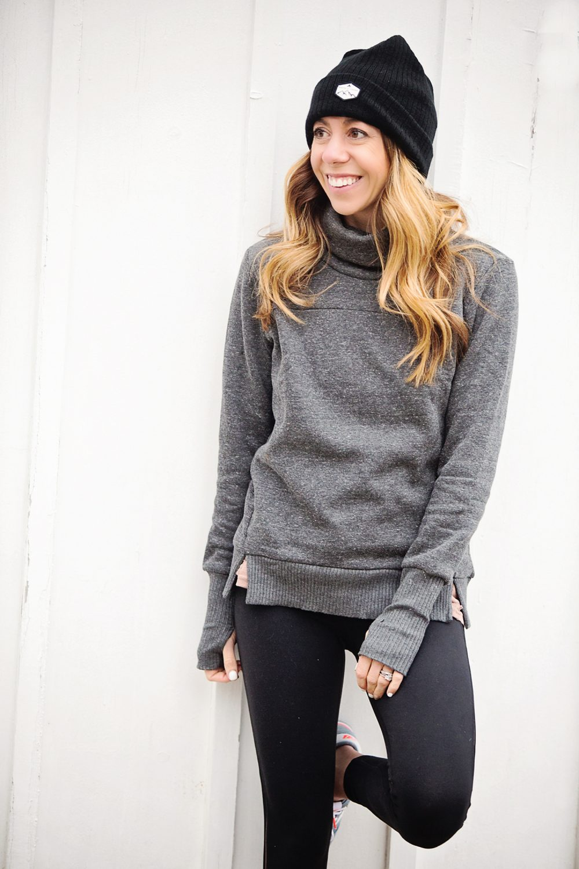 The motherchic wearing alo sweatshirt