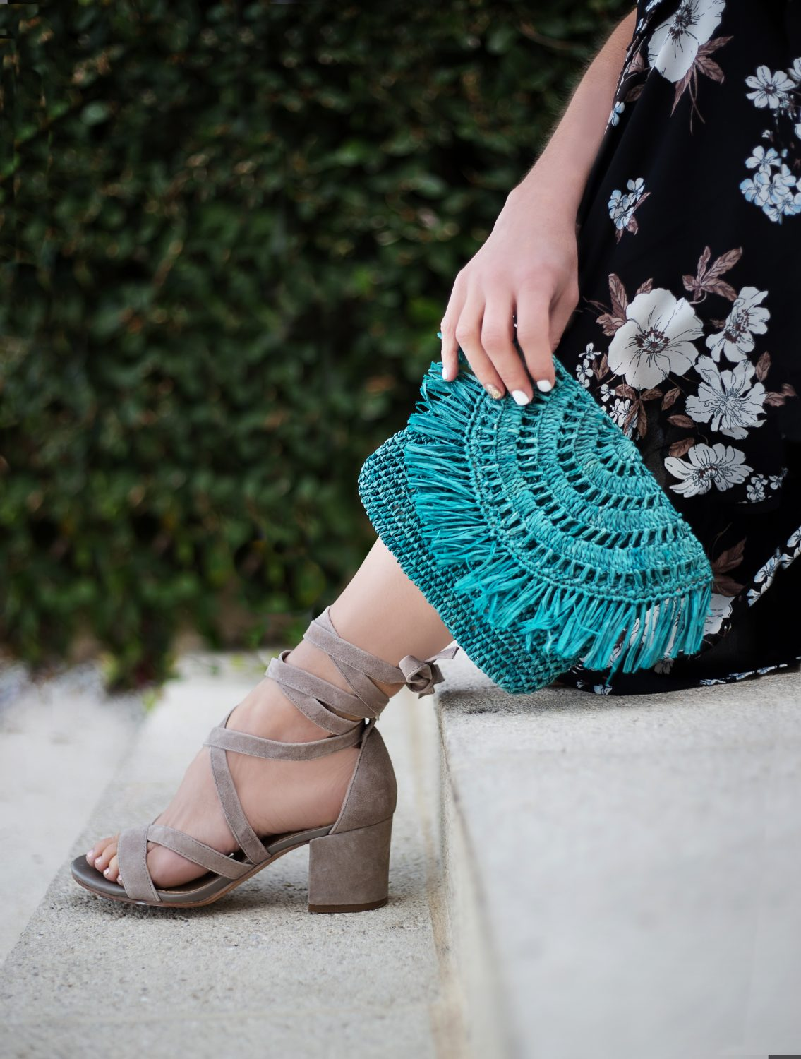 The Motherchic wearing sam edelman sandals and marysol clutch