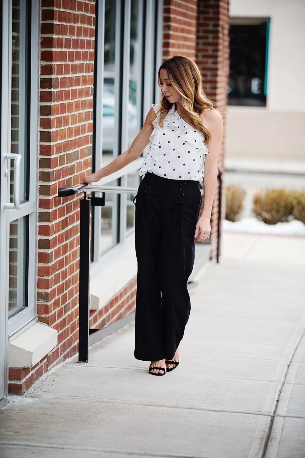 The Motherchic wearing 1.State wide leg pants