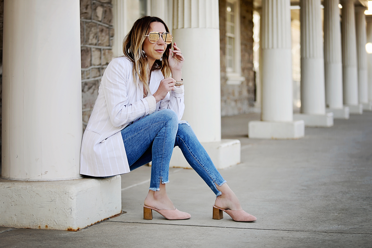 The Motherchic wearing madewell shoes and leith blazer from Nordstrom