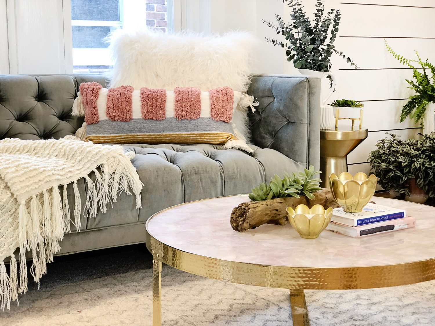 The motherchic living room decor