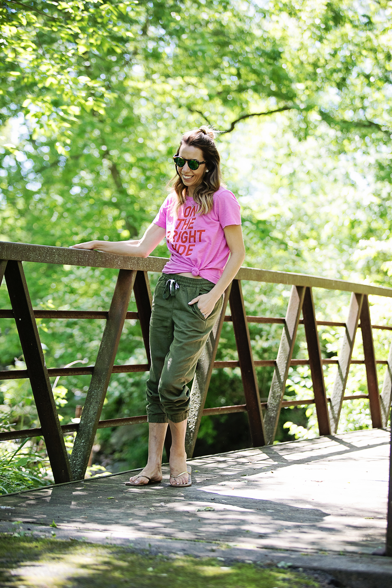 The motherchic wearing J.crew seaside joggers and graphic tee