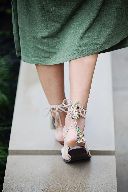 The motherchic wearing steve madden dylan sandals