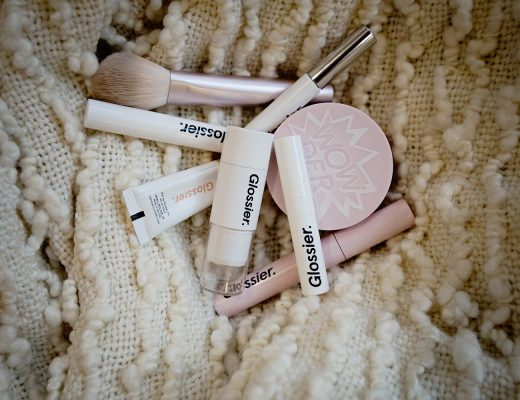 The Motherchic glossier make up