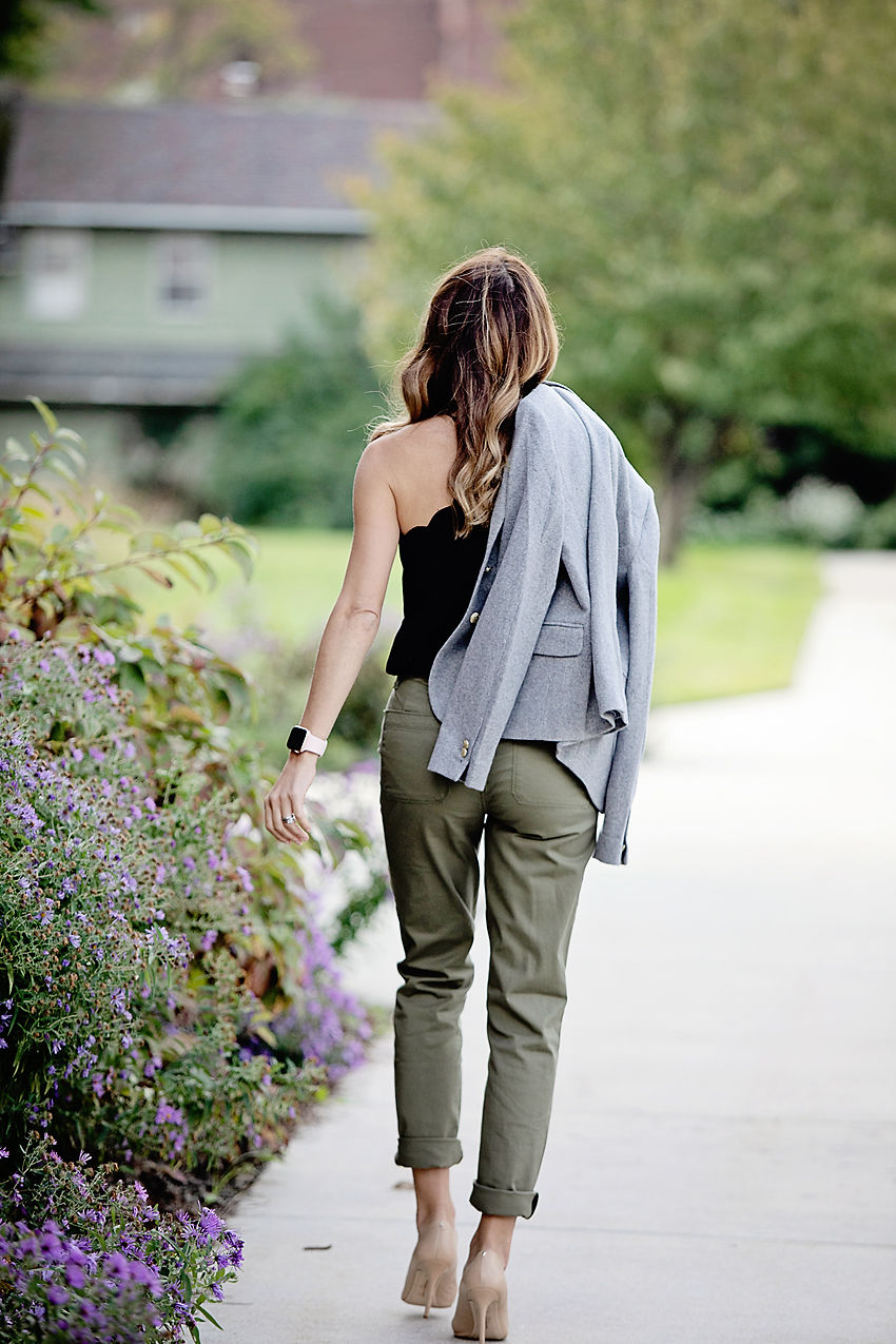 The Motherchic wearing J.crew mercantile cargo pants
