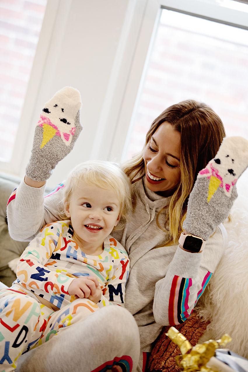 the motherchic wearing unicorn socks