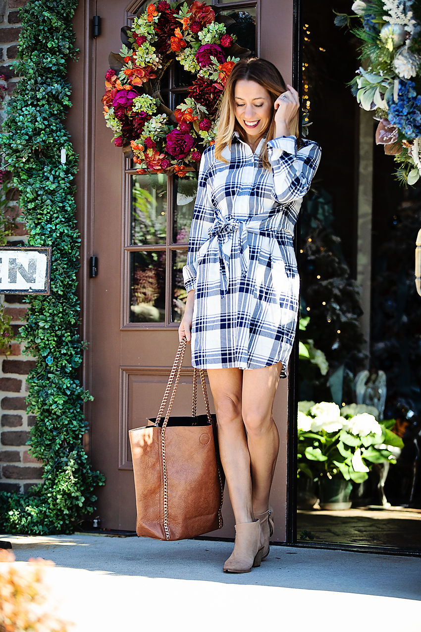 The motherchic wearing j.crew factory dress