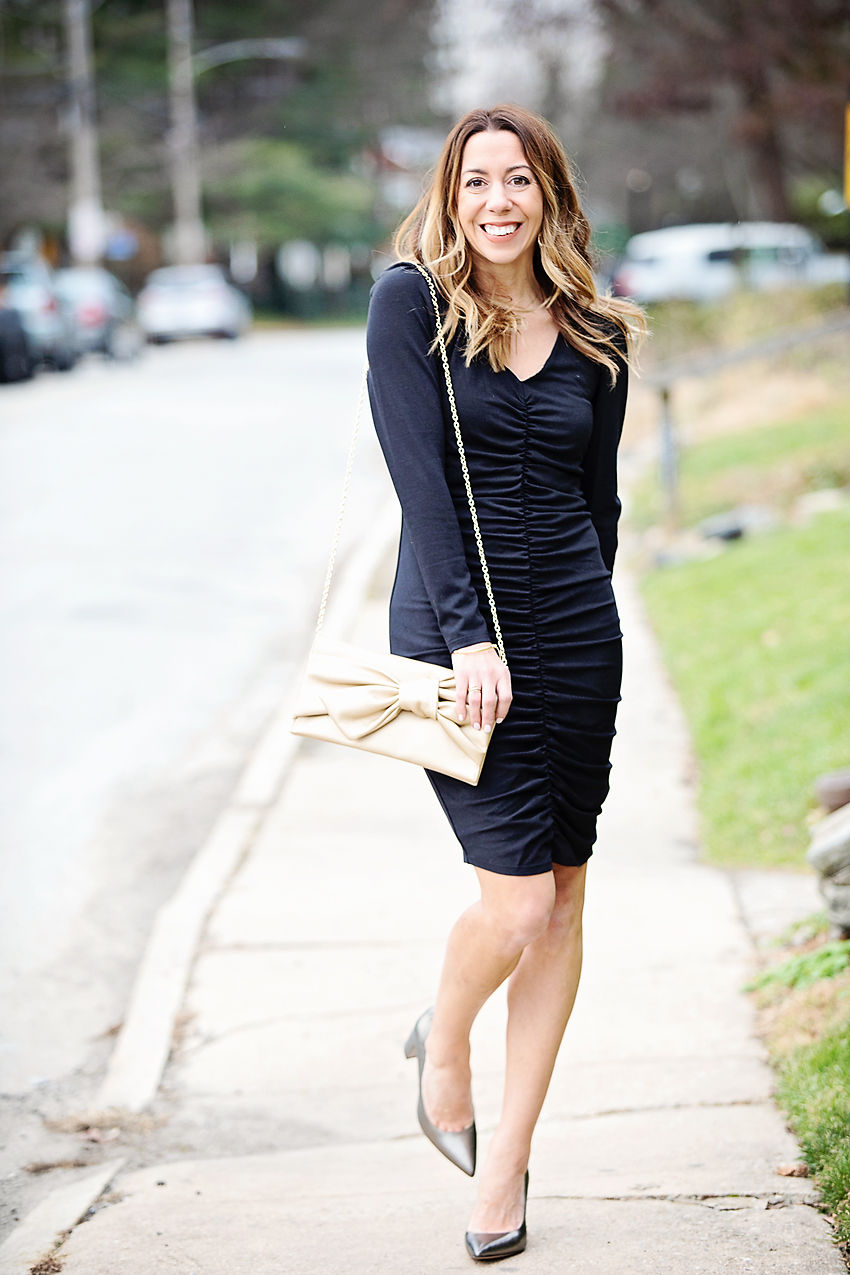 The motherchic wearing vince camuto dress