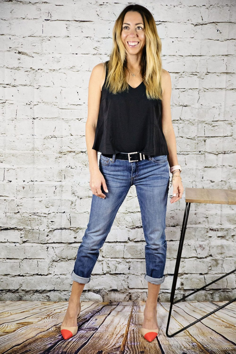 The motherchic wearing Kut from the Kloth boyfriend jeans and Vince camuto slingback heels