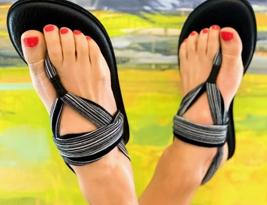 the motherchic walkable sandals sanuk