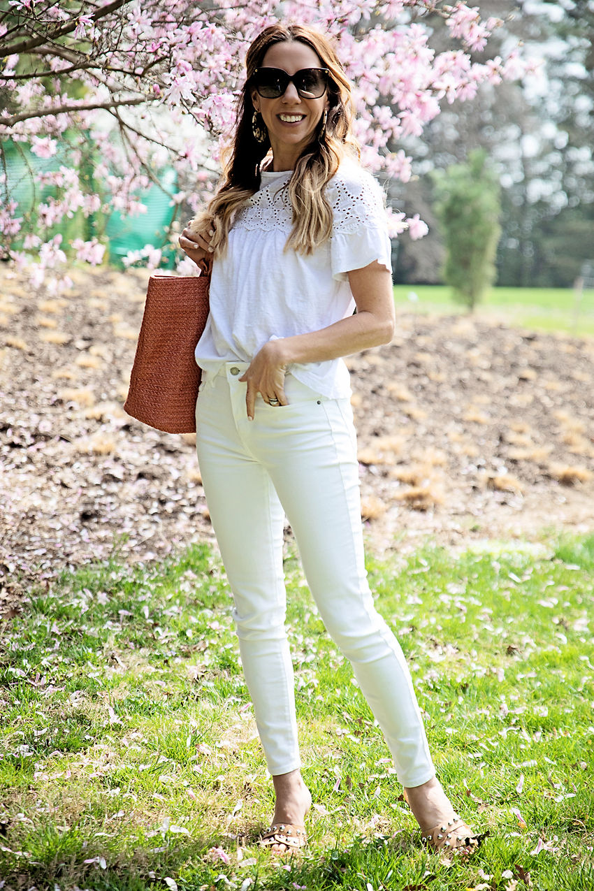 eed951126c43 When opting for the all-white look I like to add a punch of color in just  one place — be that a pink tote