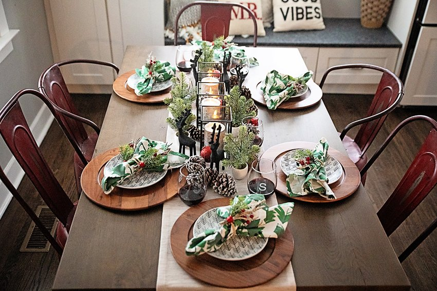 The Motherchic crate & barrel table