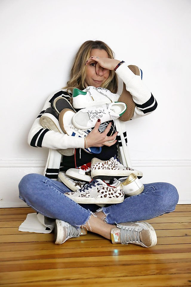 the motherchic wearing fashion sneakers