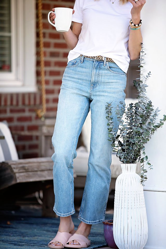 the motherchic wearing everlane straight leg non-distressed jeans