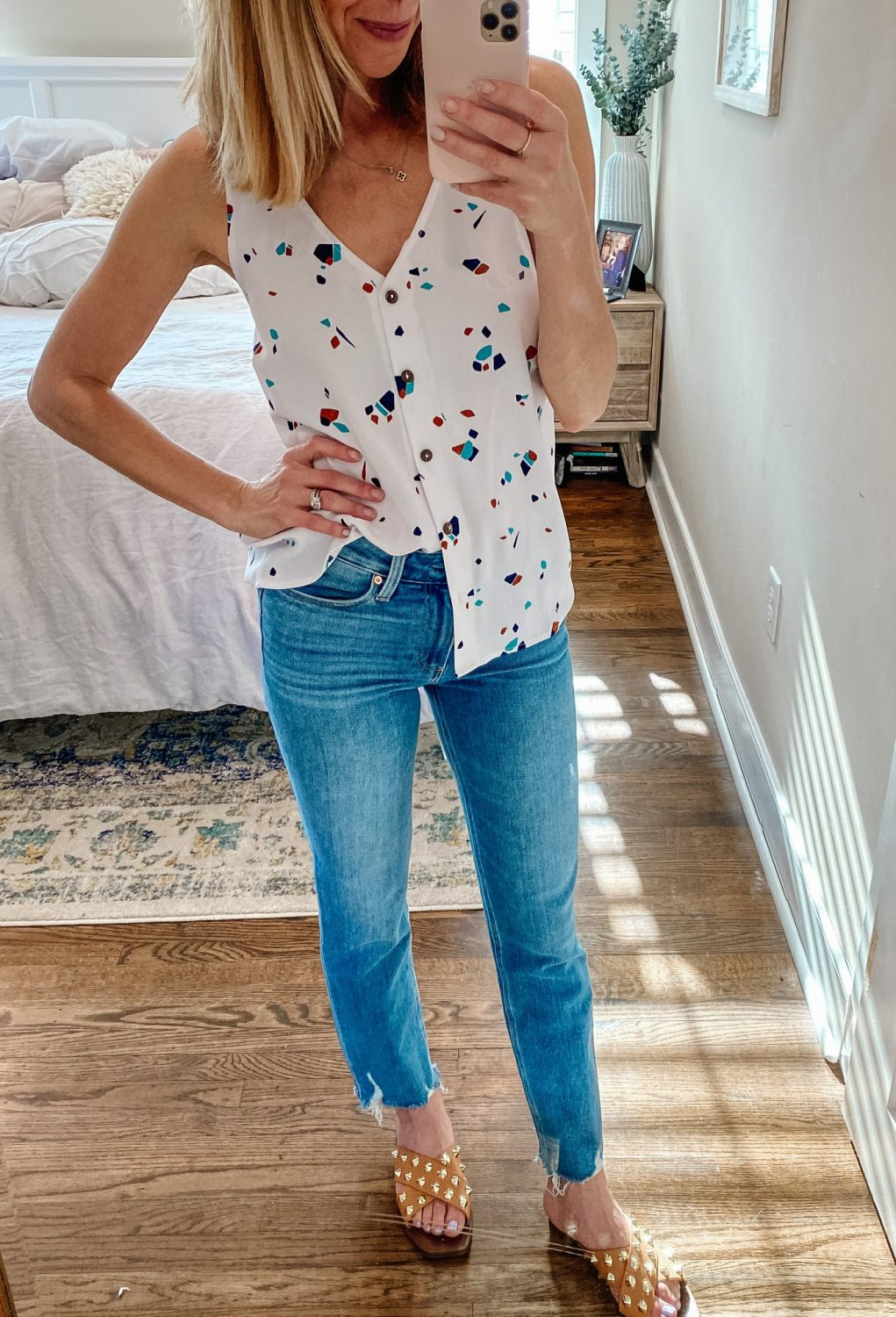 the motherchic wearing paige jeans