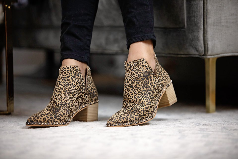the motherchic wearing dolce vita bootie leopard shoe nordstrom anniversary sale