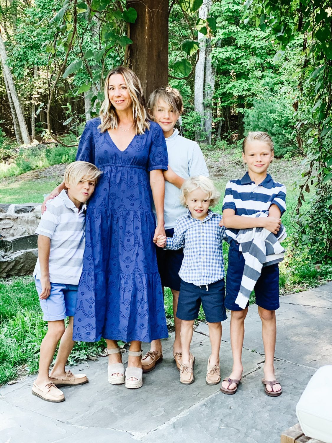 the motherchic wearing amazon the drop fall family photo