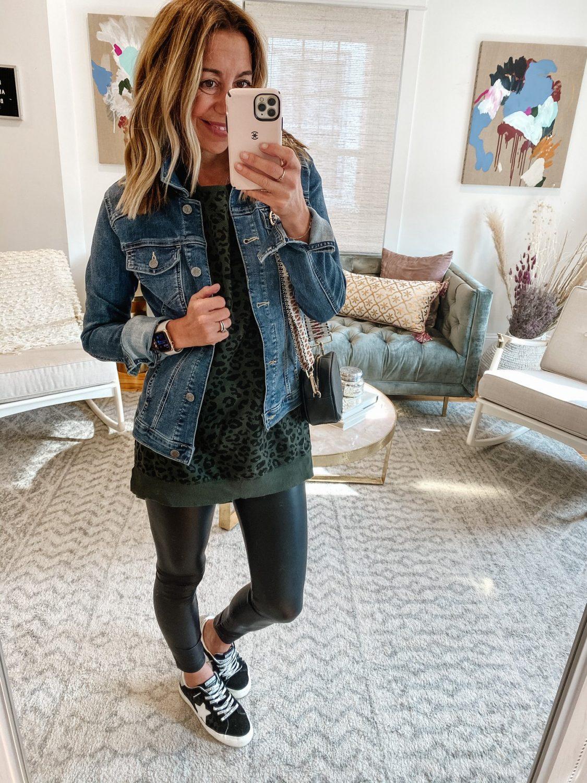 the motherchic wearing amazon top denim jacket