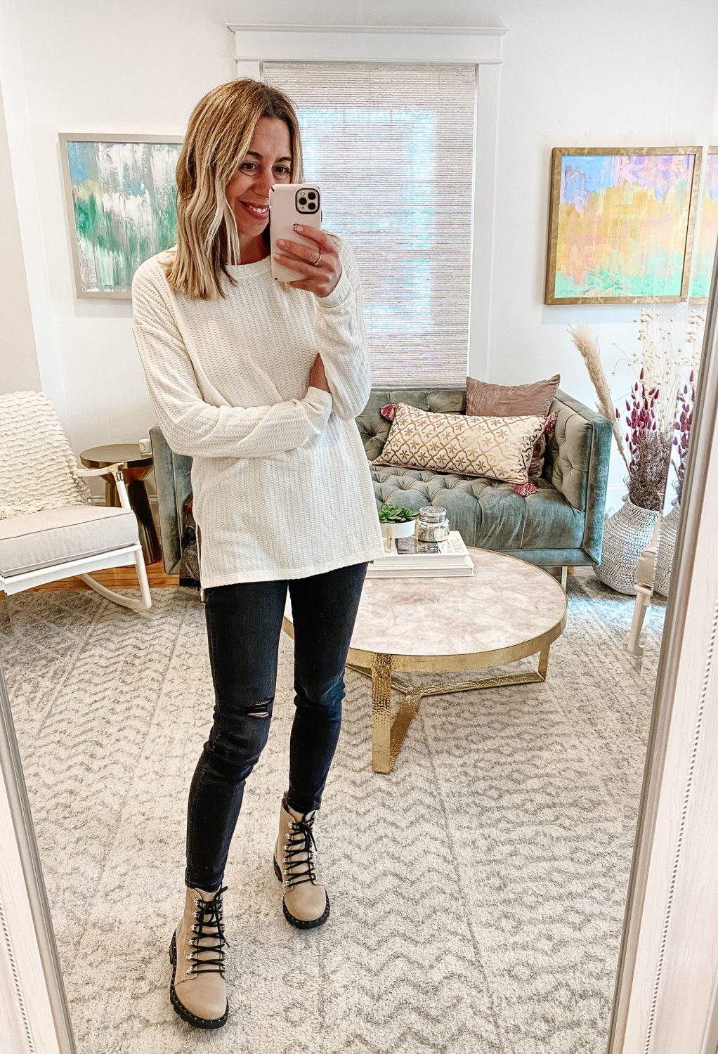 the motherchic wearing evereve tunic amazon jeans the drop sorel boots