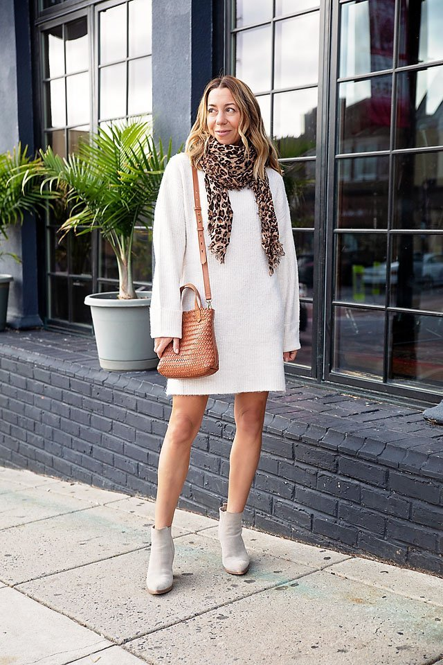 the motherchic thanksgiving outfit sweater dress nordstrom