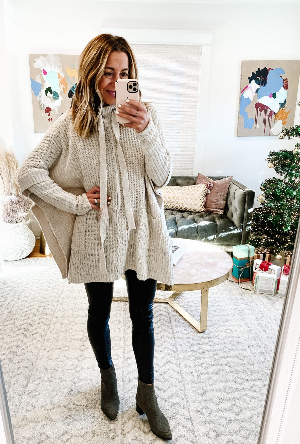 the motherchic thanksgiving outfit social threads