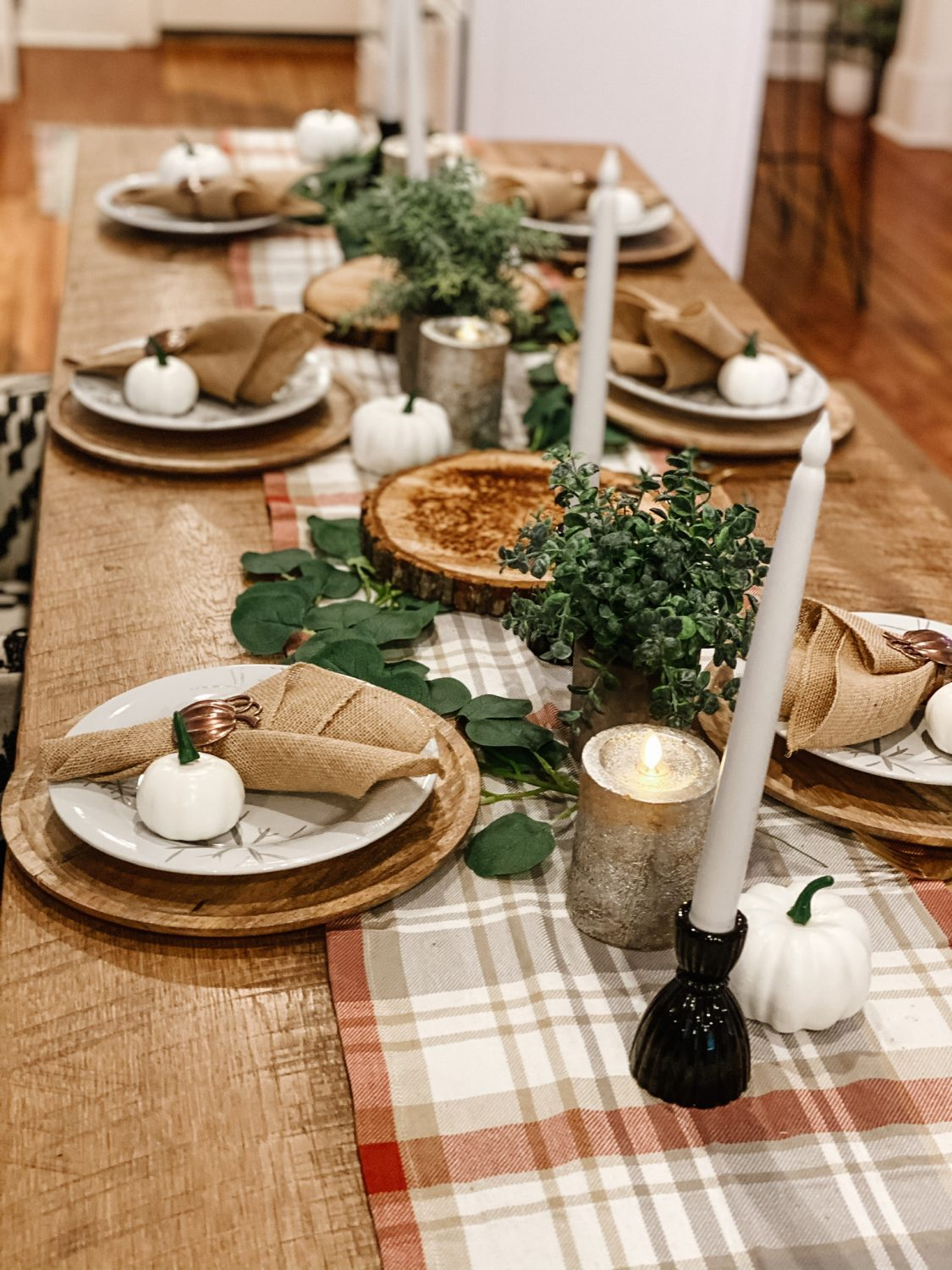 The Motherchic Thanksgiving Tablescape