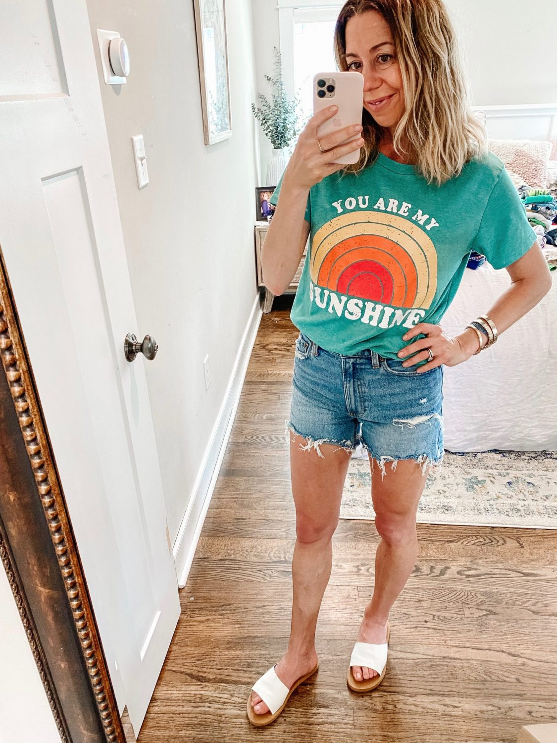 the motherchic wearing graphic tee amazon you are my sunshine