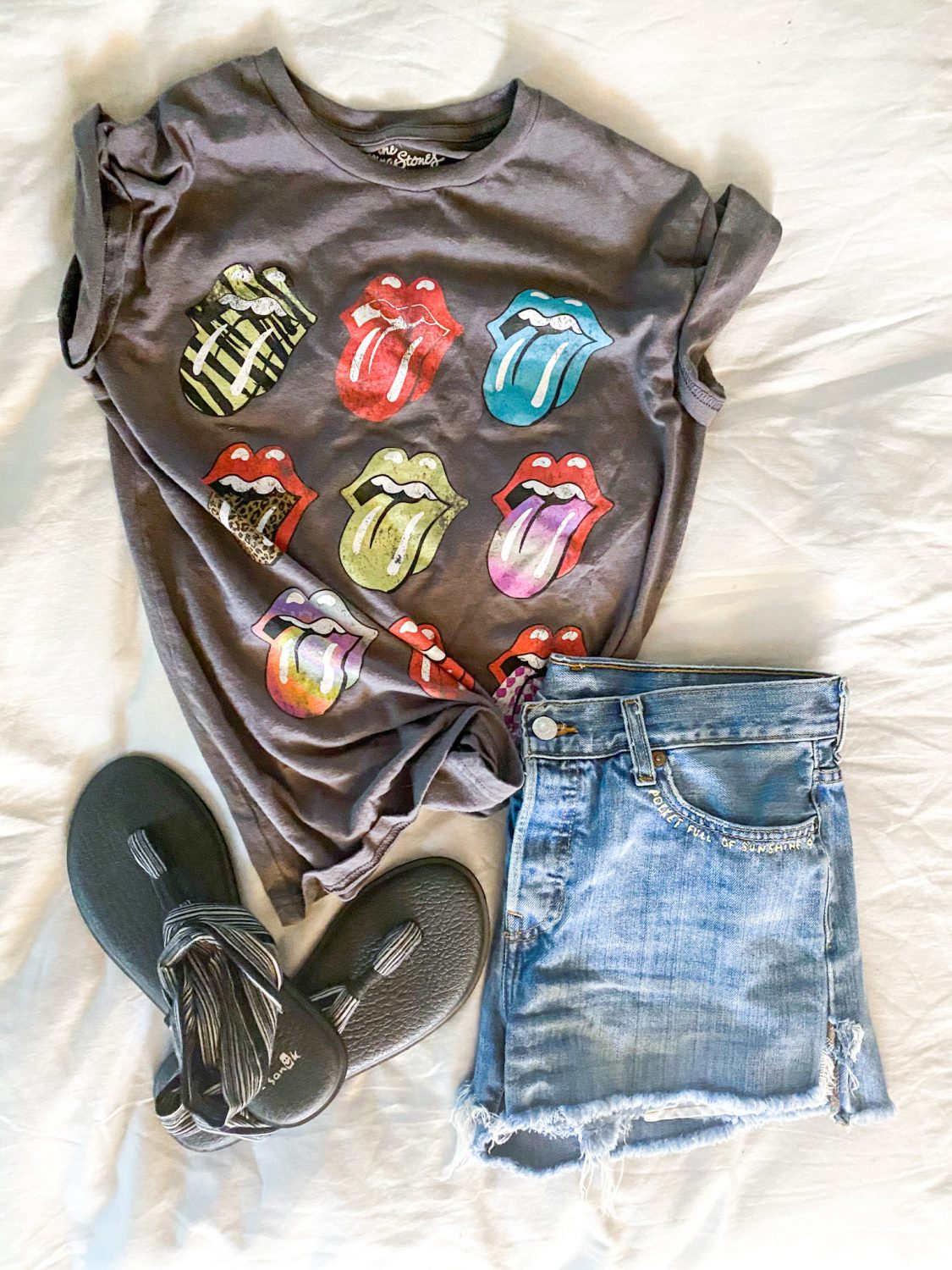 the motherchic wearing graphic tee target rolling stones