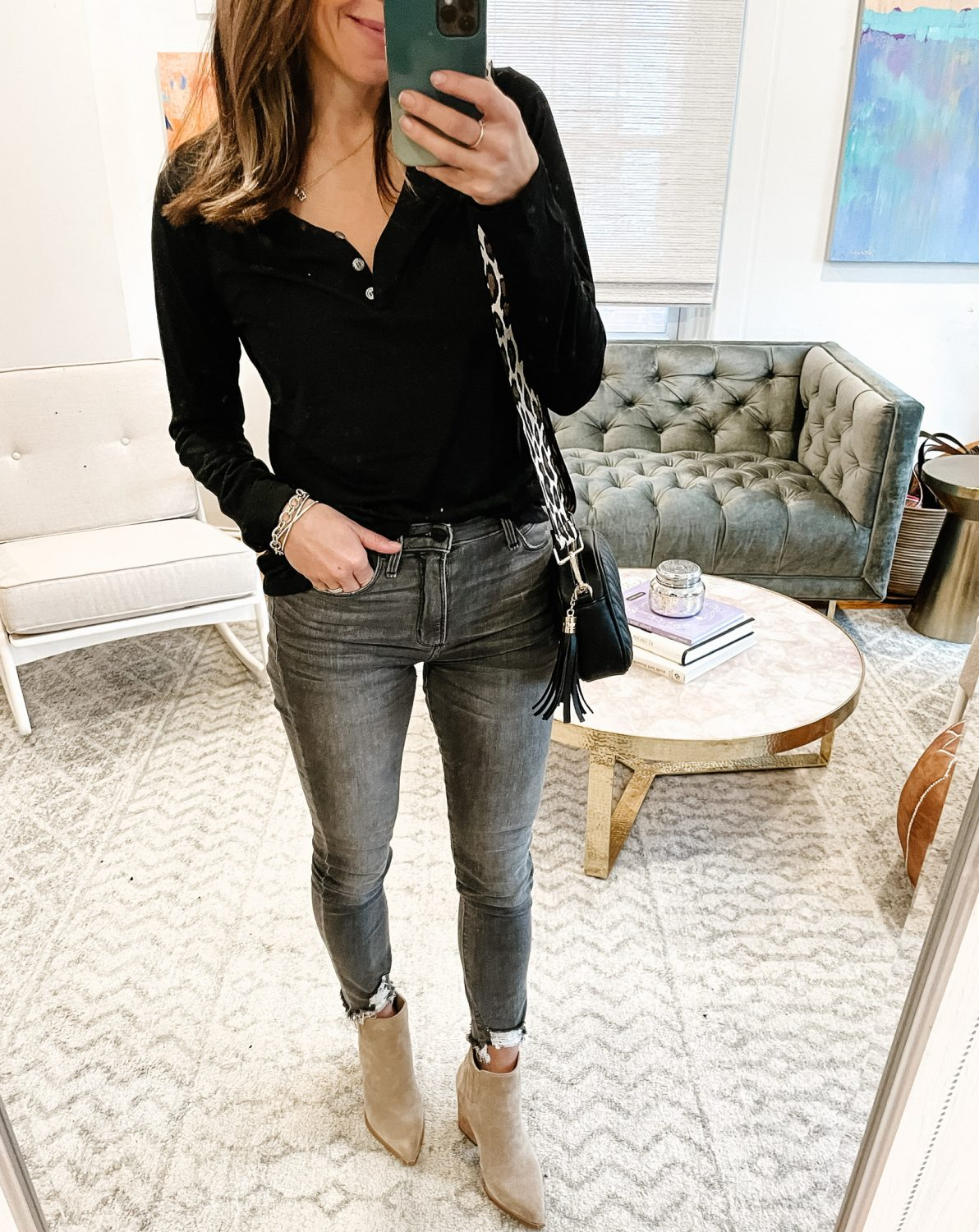 the motherchic wearing abercrombie distressed denim