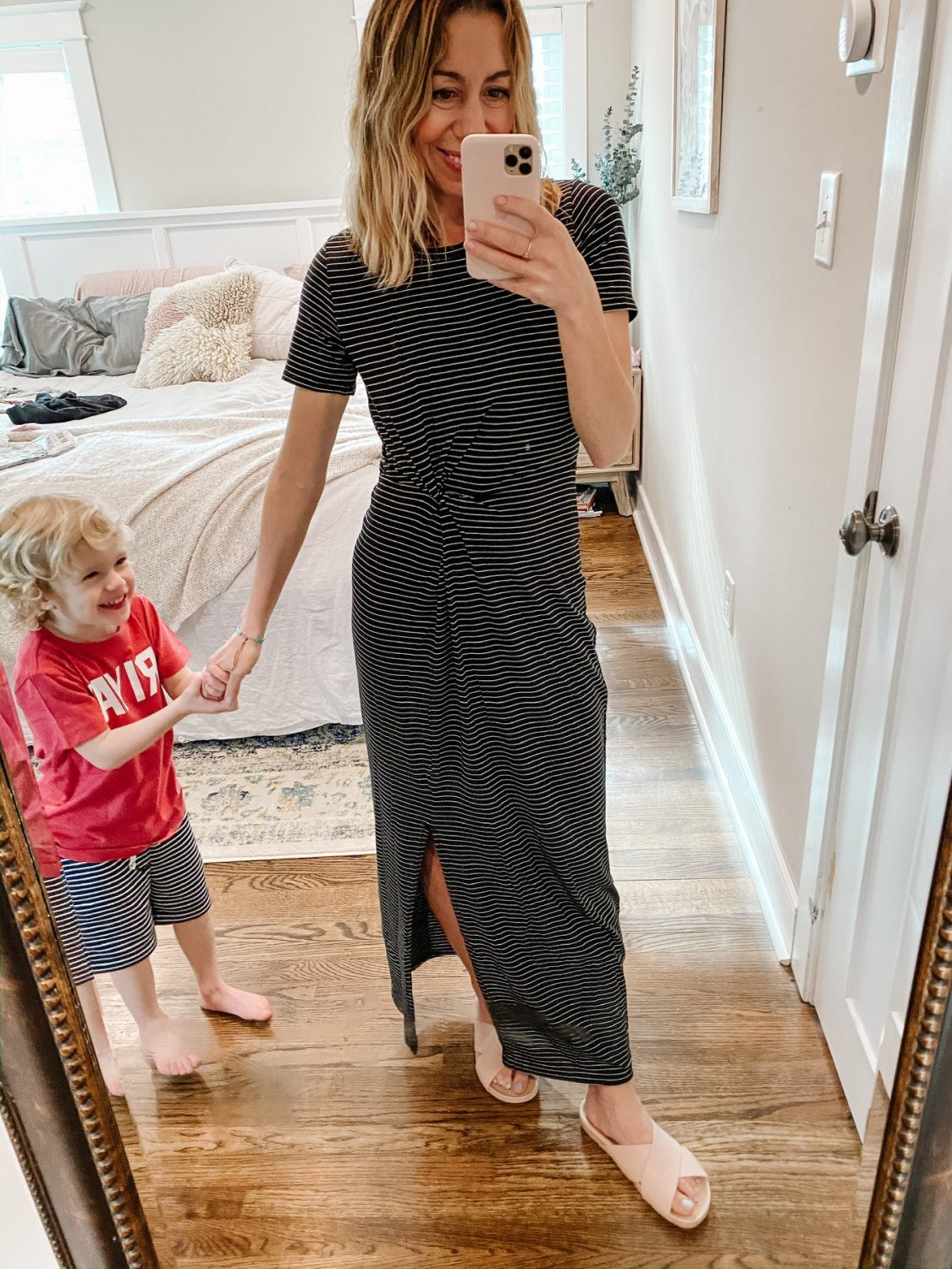 the motherchic wearing throw on and go dress nordstrom