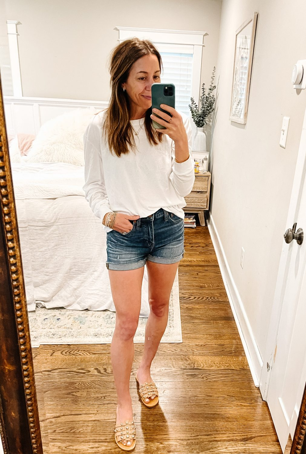 the motherchic wearing madewell shorts nordstrom